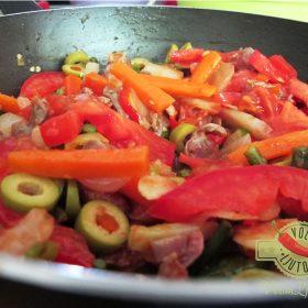 Ljute enchilade od 5 vrsti brašna punjene svinjetinom i povrćem 4