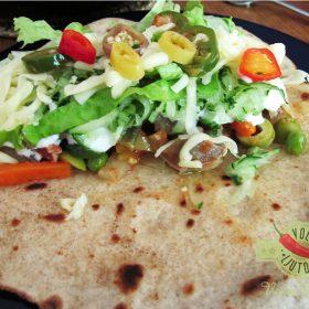 Ljute enchilade od 5 vrsti brašna punjene svinjetinom i povrćem 1