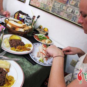 Dosje Kuba: priča o hrani, rumu, hedonizmu i ljutom umaku 13