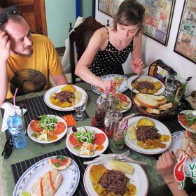 Dosje Kuba: priča o hrani, rumu, hedonizmu i ljutom umaku 1