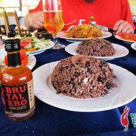 Dosje Kuba: priča o hrani, rumu, hedonizmu i ljutom umaku 32