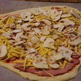 Pizza iz vlastite pećnice 3