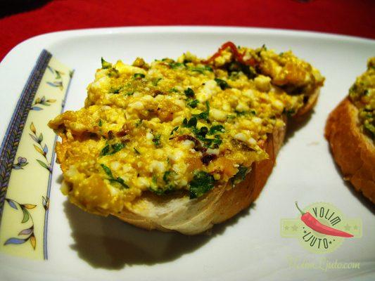Uskršnja salata od jaja, komorača i čilija 2