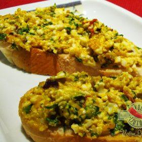 Uskršnja salata od jaja, komorača i čilija 1