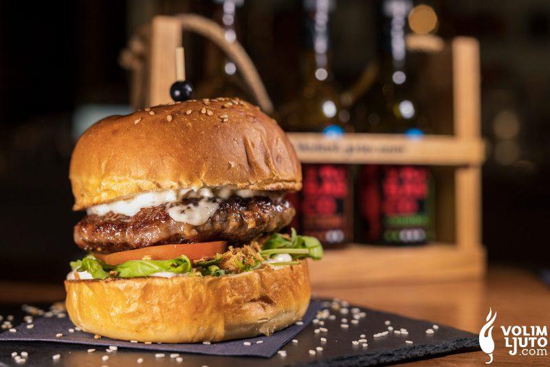 Najbolji burgeri u Zagrebu - Top 29 lokacija i dostava burgera 79