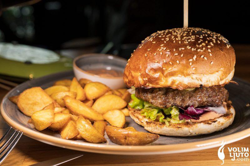 Najbolji burgeri u Zagrebu - Top 29 lokacija i dostava burgera 200