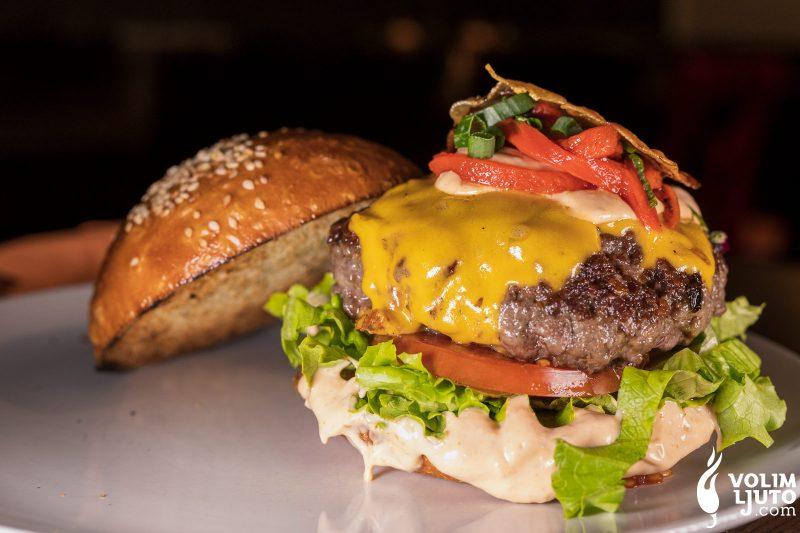 Najbolji burgeri u Zagrebu - Top 29 lokacija i dostava burgera 245