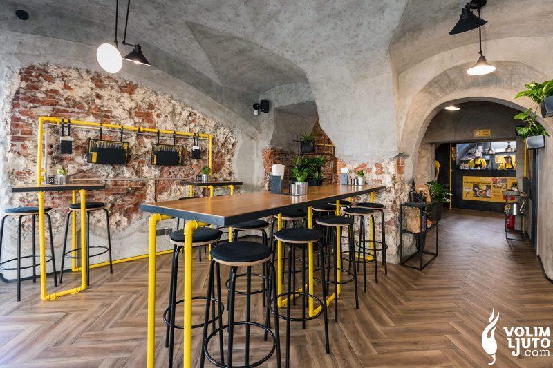 Najbolji burgeri u Zagrebu - Top 29 lokacija i dostava burgera 240