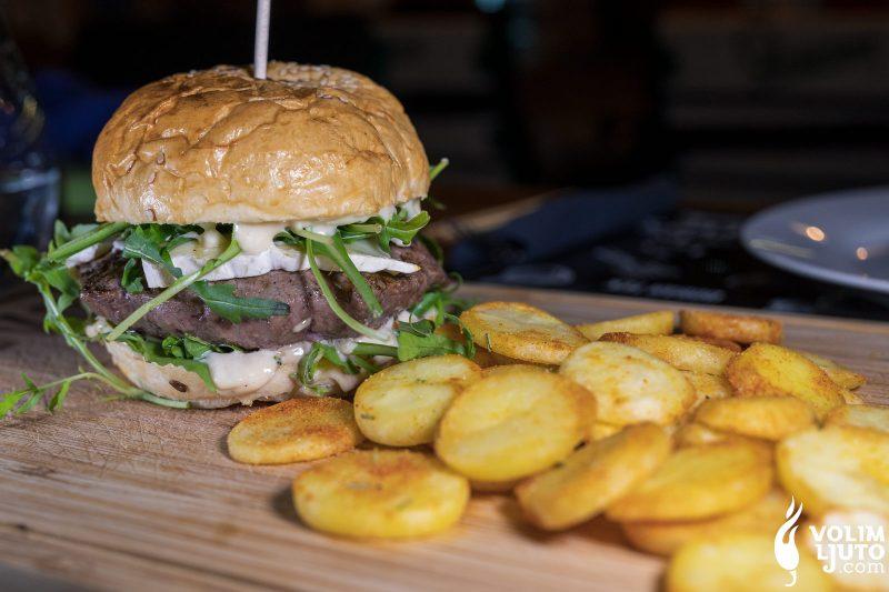Najbolji burgeri u Zagrebu - Top 29 lokacija i dostava burgera 69