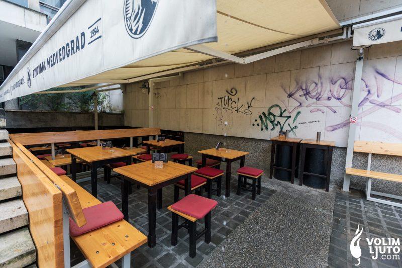 Najbolji burgeri u Zagrebu - Top 29 lokacija i dostava burgera 100