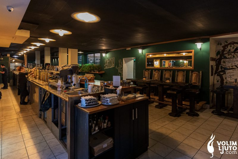 Najbolji burgeri u Zagrebu - Top 29 lokacija i dostava burgera 99
