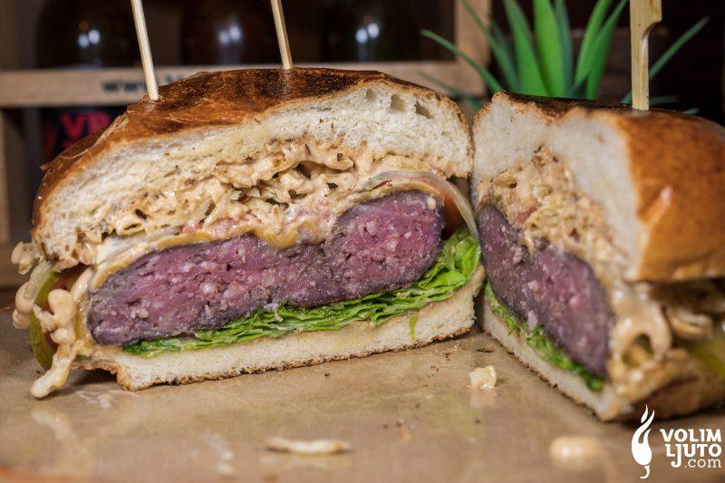 Najbolji burgeri u Zagrebu - Top 29 lokacija i dostava burgera 229