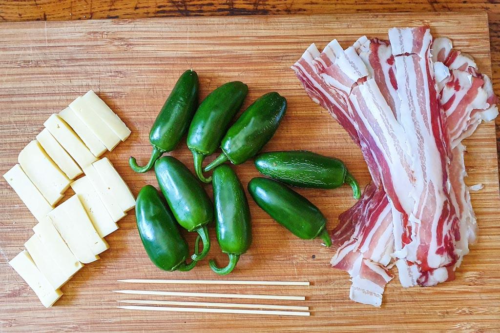 Ražnjići s jalapeno papričicama i špekom 1