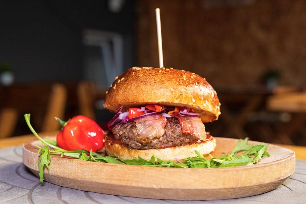 Hambanjeros burger Kascheta - VolimLjuto.com